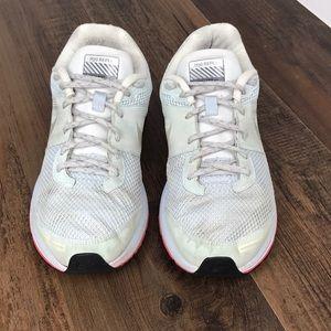 Nike Air Pegasus+ 29 Shield Size 9